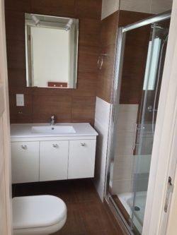 003 ETI Malta Tamarisk Apartments Bathroom